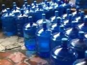 Thị trường - Tiêu dùng - Nước sạch đóng chai từ nguồn giếng khoan gần nghĩa địa