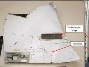Thêm 2 mảnh vỡ gần như chắc chắn của MH370