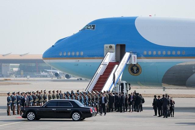 Nơi đặt máy bay Không lực Một của Obama bị dọa đánh bom - 3