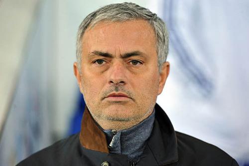 Mourinho ấn định ngày tái xuất, MU cần khẩn trương - 1