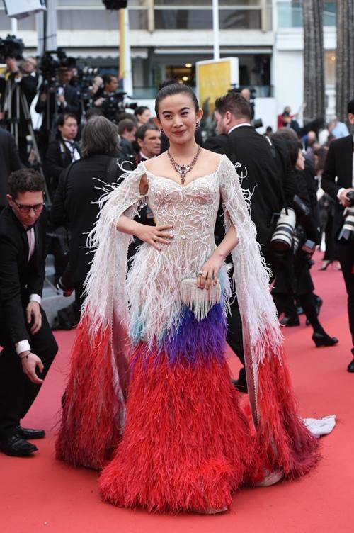 Loạt mỹ nhân TQ bị yêu cầu rời khỏi thảm đỏ Cannes - 1