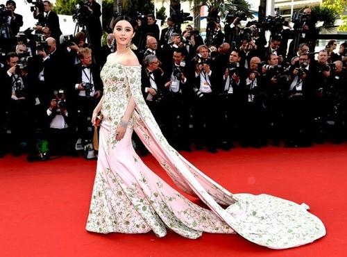 Loạt mỹ nhân TQ bị yêu cầu rời khỏi thảm đỏ Cannes - 8