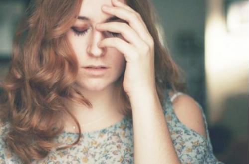 Cách giảm chứng đau đầu không cần uống thuốc - 4