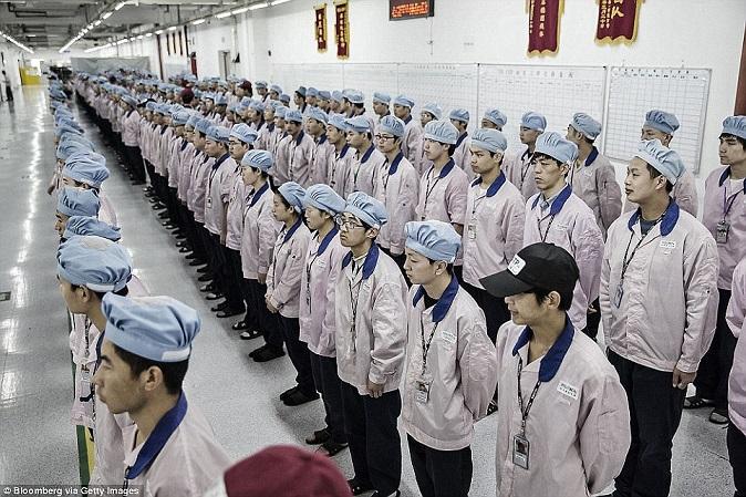 Nơi ở tồi tàn của công nhân sản xuất iPhone - 8