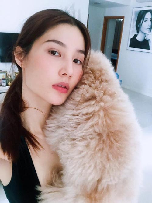 Facebook sao 13/5: Hà Hồ, Phạm Hương hủy kết bạn Facebook? - 10