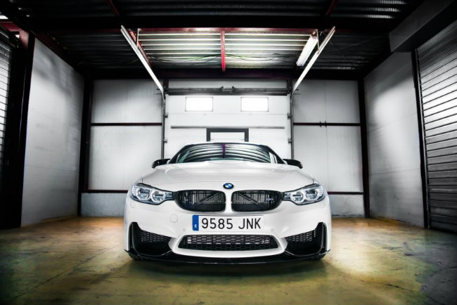Ấn phẩm đặc biệt này được BMW tung ra tại Tây Ban Nha, với độ độc quyền cực cao khi mà M4 Competition Sport Edition chỉ có đúng 60 chiếc.