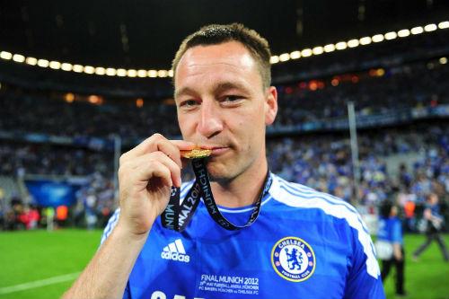 CHÍNH THỨC: Chelsea đồng ý để Terry ở lại - 2