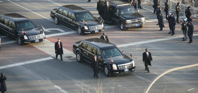 """Khám phá siêu xe """"Quái vật"""" sẽ chở Obama ở Việt Nam - 10"""
