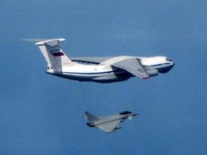 Thế giới - Chiến đấu cơ Anh chặn 3 máy bay Nga trên biển Baltics
