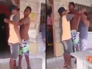 """Video clip: """"Đau ruột"""" khi bị bạn thân troll"""