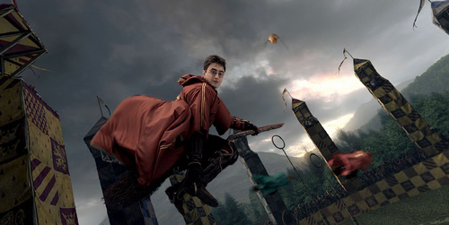 Sốc: Tái hiện trò chơi trong Harry Potter ở độ cao hơn 4 cây số trên không - 1