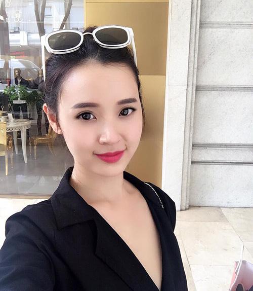 "Facebook sao 14.5: Hà Hồ than ""nóng"" sau ồn ào với Hari Won - 7"