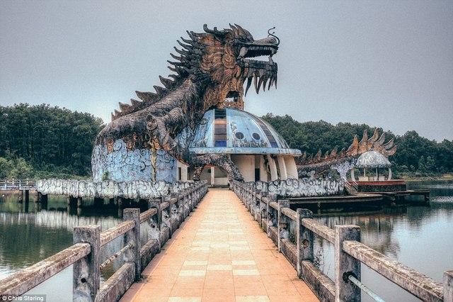 Báo nước ngoài viết về công viên nước Việt Nam bỏ hoang - 1