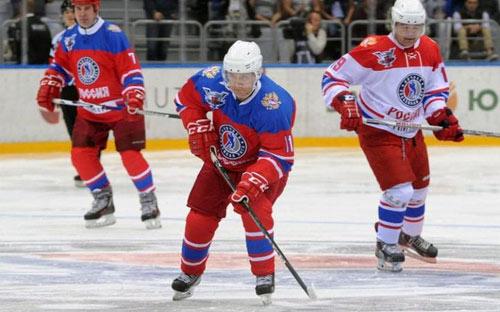 Tổng thống Putin ghi điểm, giành cúp khúc côn cầu - 1