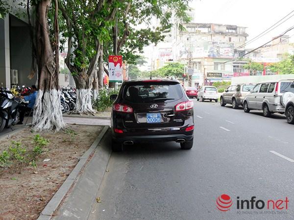 Xe của Chủ tịch TP Đà Nẵng cũng vi phạm giao thông - 2