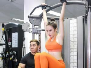 Phương Trinh tập gym, học tiếng Anh để sang Cannes