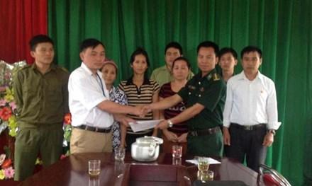 Giải cứu 3 cô gái bị lừa bán sang Trung Quốc - 1