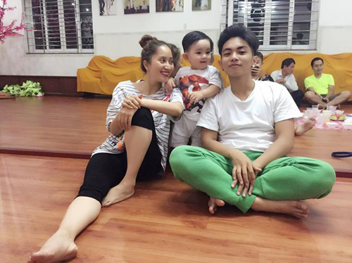Facebook sao 15.5: Hà Hồ xinh đẹp rạng rỡ bên con trai - 10