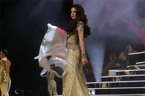Lộ diện hoa hậu chuyển giới xinh nhất Thái Lan - 9
