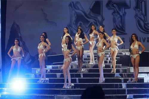 Lộ diện hoa hậu chuyển giới xinh nhất Thái Lan - 10