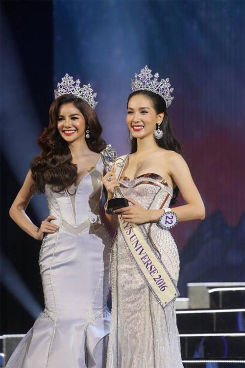 Lộ diện hoa hậu chuyển giới xinh nhất Thái Lan - 13