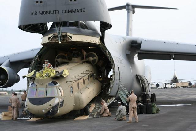 """Ngắm """"nhà kho bay"""" lớn nhất quân đội Mỹ - 5"""