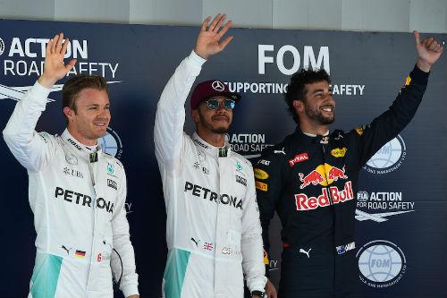 F1, Spanish GP: Hamilton giành pole, thất vọng Ferrari - 1