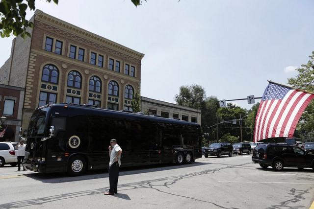 """Ground Force One - xe buýt """"quái vật"""" chuyên chở Obama - 8"""