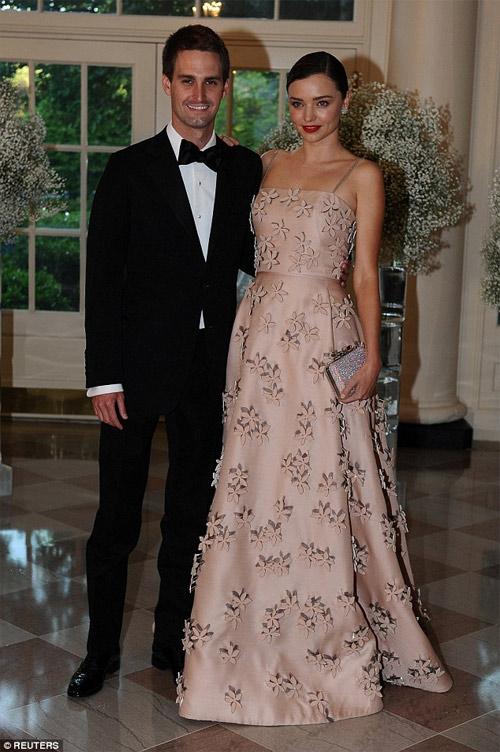 Miranda Kerr xinh đẹp hoàn hảo bên bạn trai tỷ phú - 5
