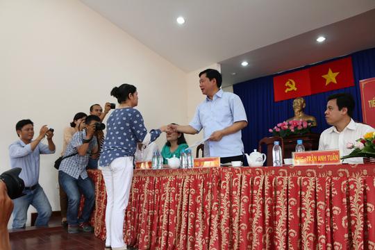 Bí thư Đinh La Thăng truy chủ tịch xã về công ty gây ô nhiễm - 1