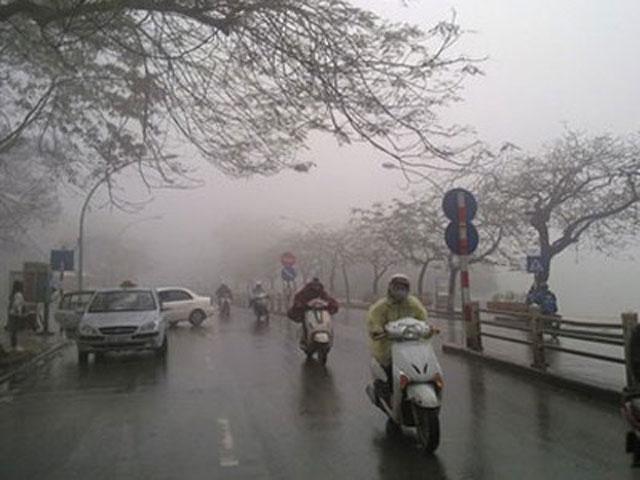 Đón gió mùa Đông Bắc, miền Bắc trời lạnh và mưa rào - 1