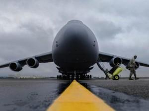 """Ngắm """"nhà kho bay"""" lớn nhất quân đội Mỹ"""