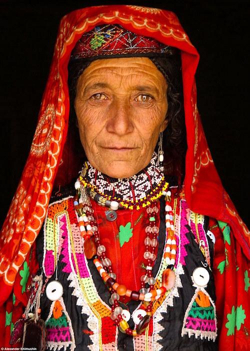 Ngắm khuôn mặt người ở những bộ lạc tận cùng thế giới - 2