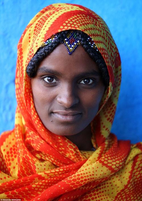 Ngắm khuôn mặt người ở những bộ lạc tận cùng thế giới - 5