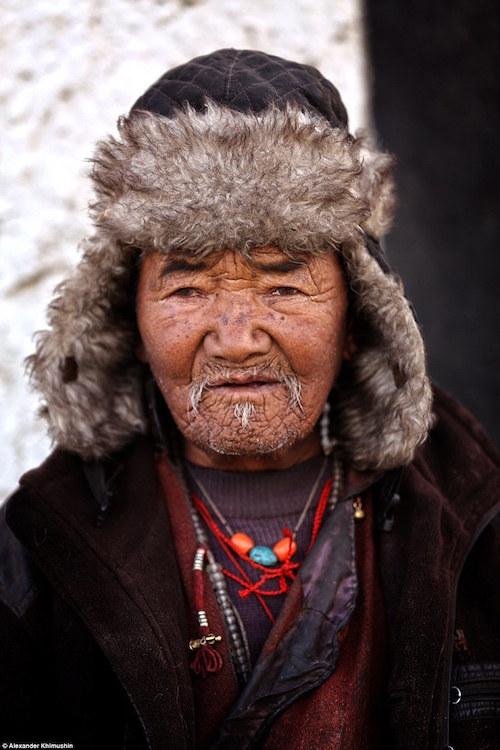 Ngắm khuôn mặt người ở những bộ lạc tận cùng thế giới - 6