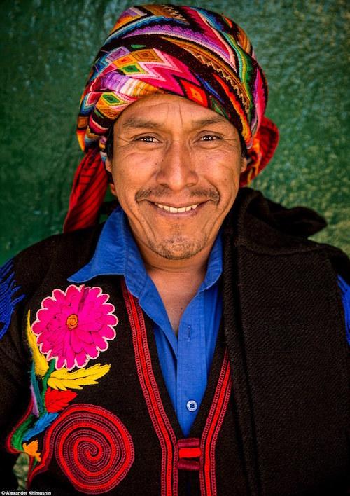Ngắm khuôn mặt người ở những bộ lạc tận cùng thế giới - 9