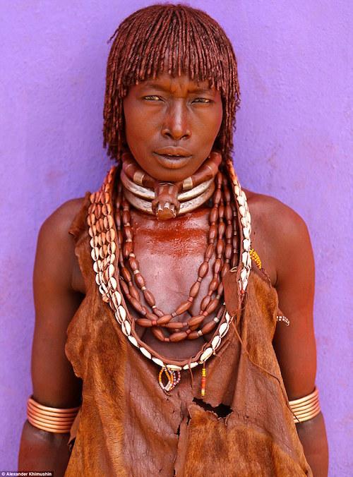 Ngắm khuôn mặt người ở những bộ lạc tận cùng thế giới - 10