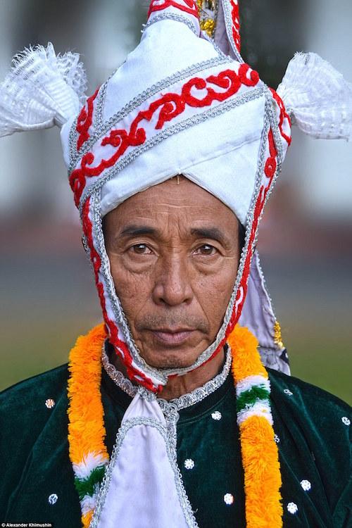 Ngắm khuôn mặt người ở những bộ lạc tận cùng thế giới - 15