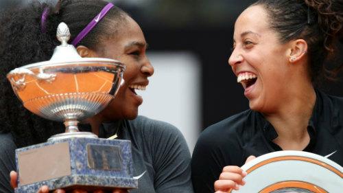 "Tennis 24/7: Serena ""giải hạn"" sau 9 tháng - 1"