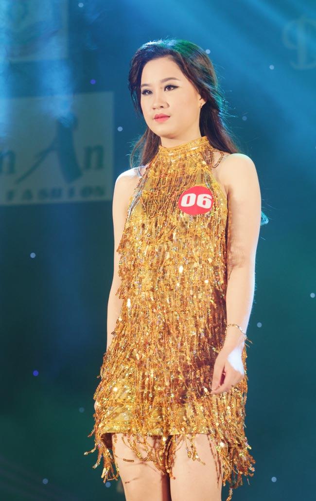 Nữ sinh 19 tuổi giành giải Hoa khôi Tư pháp hình sự - 9