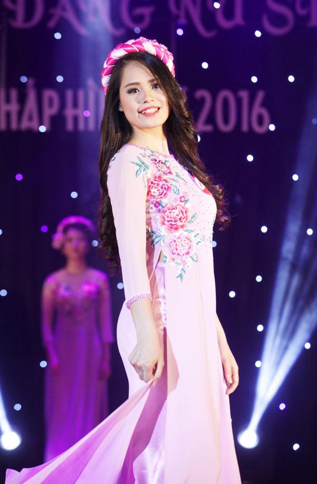 Nữ sinh 19 tuổi giành giải Hoa khôi Tư pháp hình sự - 12