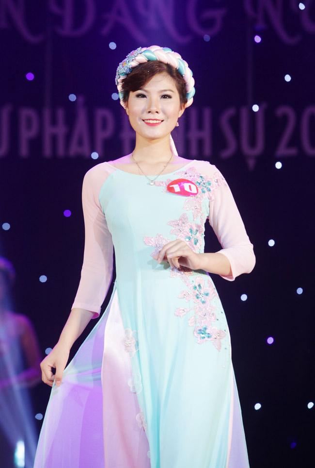 Nữ sinh 19 tuổi giành giải Hoa khôi Tư pháp hình sự - 13
