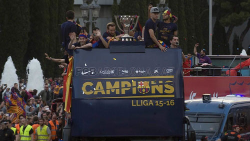 Tiêu điểm Liga 2015/16: Hàng tá kỉ lục của Barca - 1