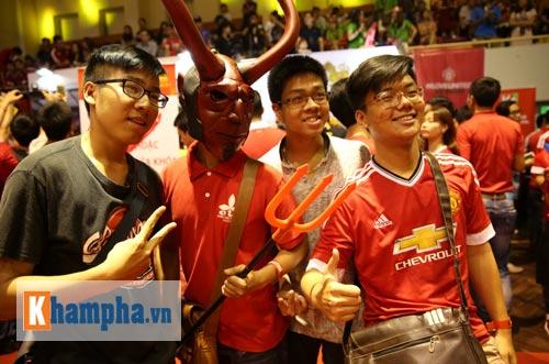"""Huyền thoại MU """"dự tiệc"""" cùng fan """"Quỷ đỏ"""" ở VN - 3"""