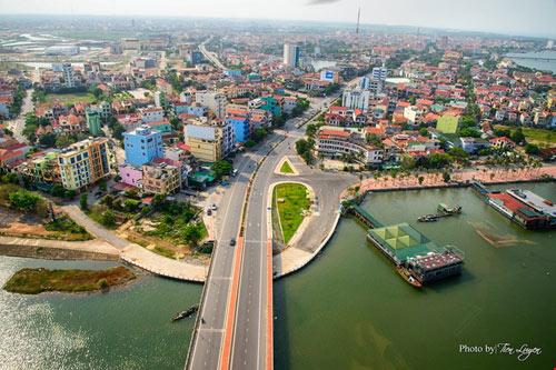 Ngắm thành phố Đồng Hới tuyệt đẹp từ trên cao - 7