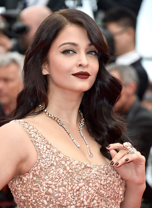 Loạt trang sức xa xỉ đổ bộ thảm đỏ LHP Cannes 2016 - 2