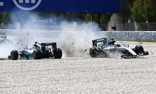 """F1, Spanish GP: Cú sốc Mercedes và """"cậu bé"""" 18 tuổi - 2"""