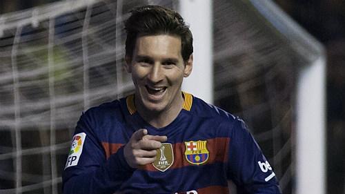 Cầu thủ hay nhất Liga: Messi, CR7 không xứng bằng Suarez - 3