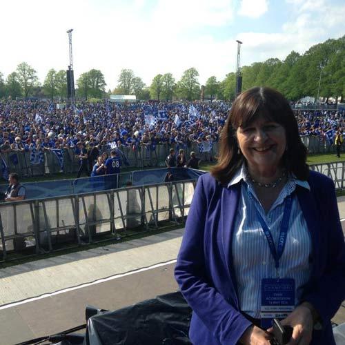 Leicester City rước cúp: Bữa đại tiệc lịch sử - 1
