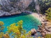 Du lịch - 19 bãi biển vắng dành cho du khách sợ nơi ồn ào